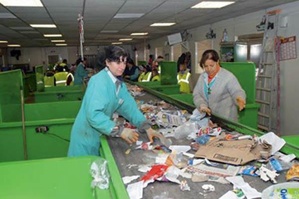 Une opération pilote de la gestion des déchets basée sur la récupération lancée à Oran